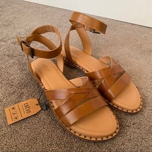 Crevo Pansey Sandal